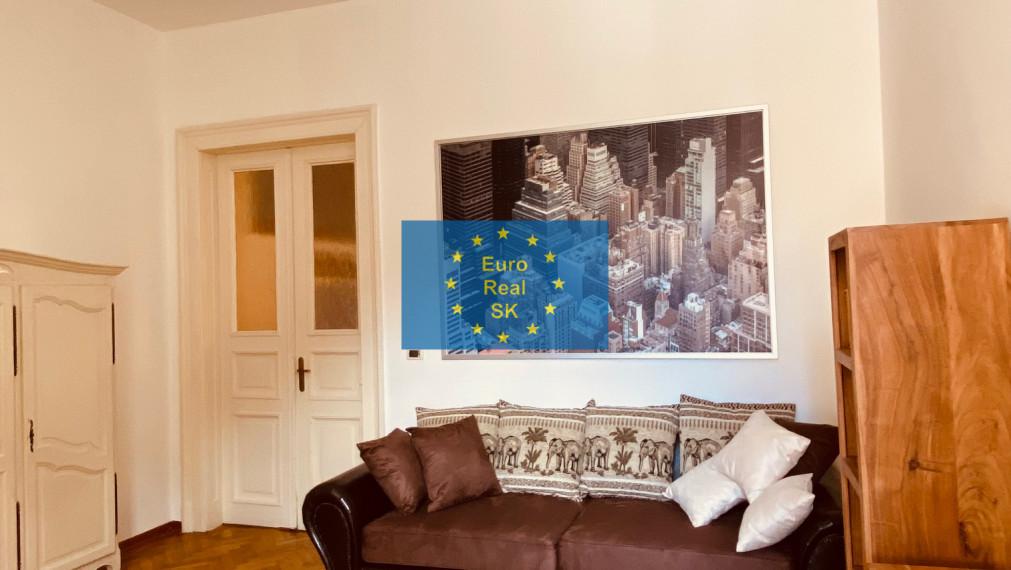 Prenájom pekného 2 izb. bytu v KE - Kováčska ul., komp. rekonštrukcia, nové zariadenie.